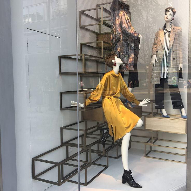 """ZARA, Oxford Street, London, UK, """"Fall/Autumn Trends Preview"""", photo by Amanda Britton, pinned by Ton van der Veer"""