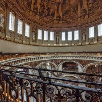 LINK to DISCOUNT ORIGINAL BUS TOUR and ST PAULS PACKAGE.  Save 18%.   Whispering Gallery of St Paul's Cathedral.jpg