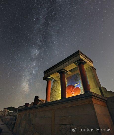 Κνωσσός- Λουκάς Χαψής  Αρχαίοι χώροι κάτω από τον έναστρο ουρανό της Ελλάδας. Έκθεση Φωτογραφίας του Λουκά Χαψή, από την Τετάρτη 6 Νοεμβρίου 2013 στο Ίδρυμα Ευγενίδου.  Loukas Hapsis Photography #meetGreece