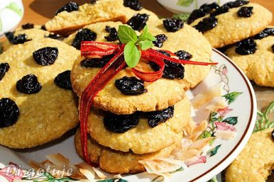 Di gotuje: Ciastka kokosowo-kukurydziane z suszonymi wiśniami...