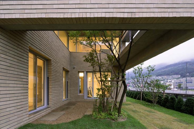 © Roh Kyung - L_Square House / Wise Architecture
