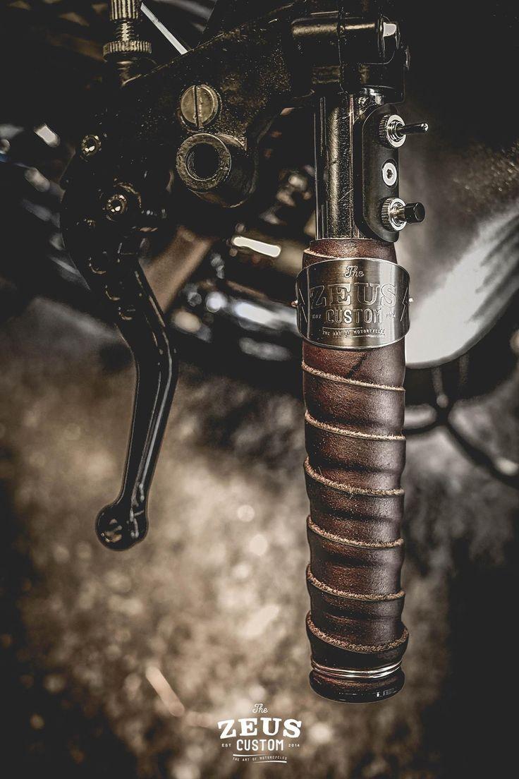 Cow Leather Roll & Lock Grips Handcraft by Zeus Custom. #grips ##motorcycle #leather #handcraft #caferacer #brat #bobber #scrambler #custom #zeuscustom