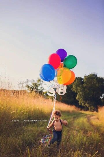 """Kaynes 2 year old photo shoot.  """"running with balloons"""".  Boy photos. outdoor photography. Toddler photos. Balloon photos.  Velvet Lotus Photography."""