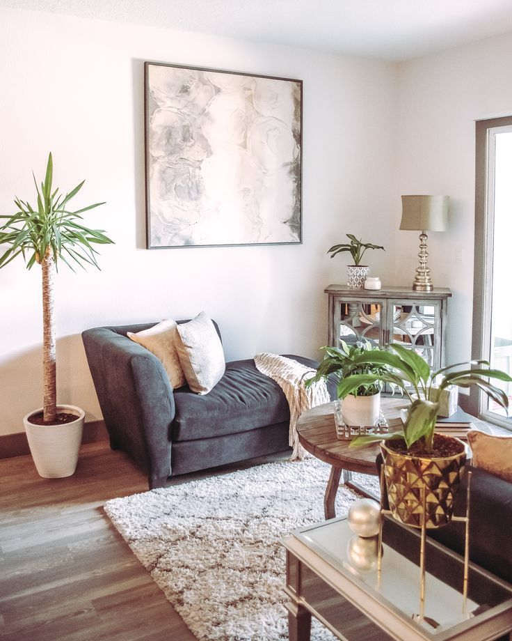 Small Apartment Living Room Idea Separate Your Sectional Sofa And Use The Chaise As An Glam Living Room Transitional Decor Living Room Glam Living Room Decor