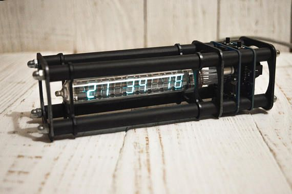 VFD Tube Clock in Metal Case, IV-18 USB Clock, Nixie clock