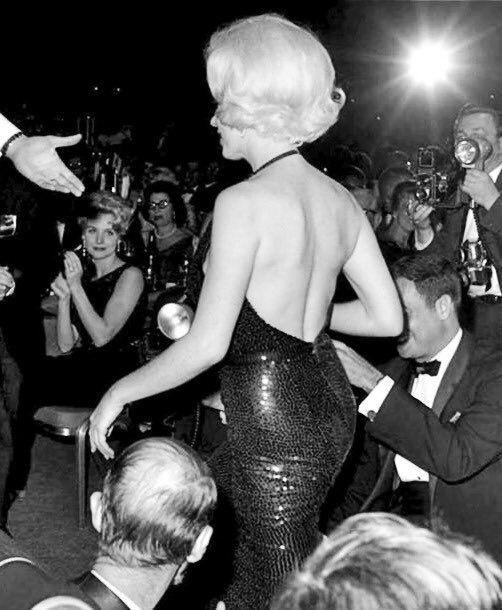 Marilyn Monroe at the Golden Globe Awards, 1962.