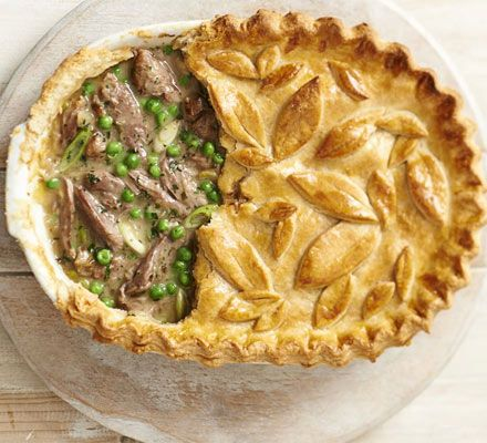 An alternative to chicken and ham hock or leak - Lamb shank, pea & mint pie