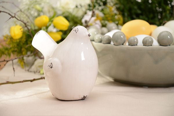 Ceramic hen. Candy collection.