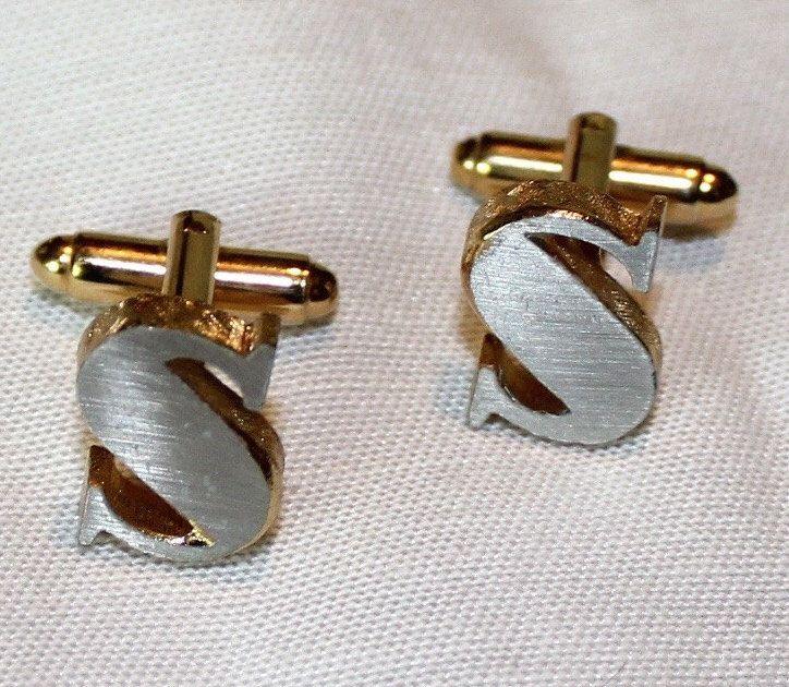 Vintage, Dante, S Monogram Cufflinks, Silver on Goldhttps://www.etsy.com/listing/386195796/vintage-dante-s-monogram-cufflinks