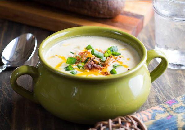 Resep sup ini merupakan panganan comfort food yang mudah dan sederhana. Cocok dilahap ketika udara dingin dan tubuh membutuhkan asupan nutrisi yang lebih. Rasanya gurih-creamy dijamin bikin penduduk rumah ketagihan loh bunda. :)