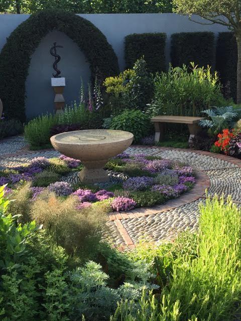 Jekka McVicar's Modern Apothecary Garden – Chelsea Flower Show 2016