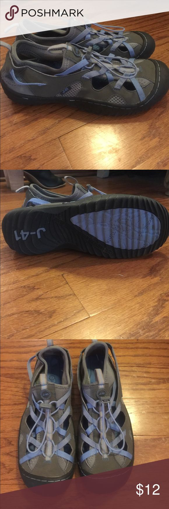 J-41 casual shoes Sz 7.5 These shoes have been worn 2-3 times for a short period of time. Super comfortable and perfect for a hike. Very sturdy. True to size j 41 Shoes Athletic Shoes