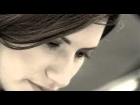 Laura Pausini - Inolvidable (videoclip)