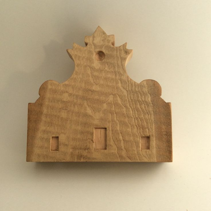 Santo Spirito, made in lime wood