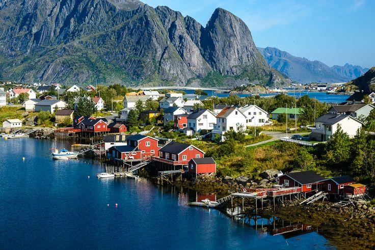 レーヌ/ノルウェー あまり知られていないヨーロッパにある最も美しい村7選