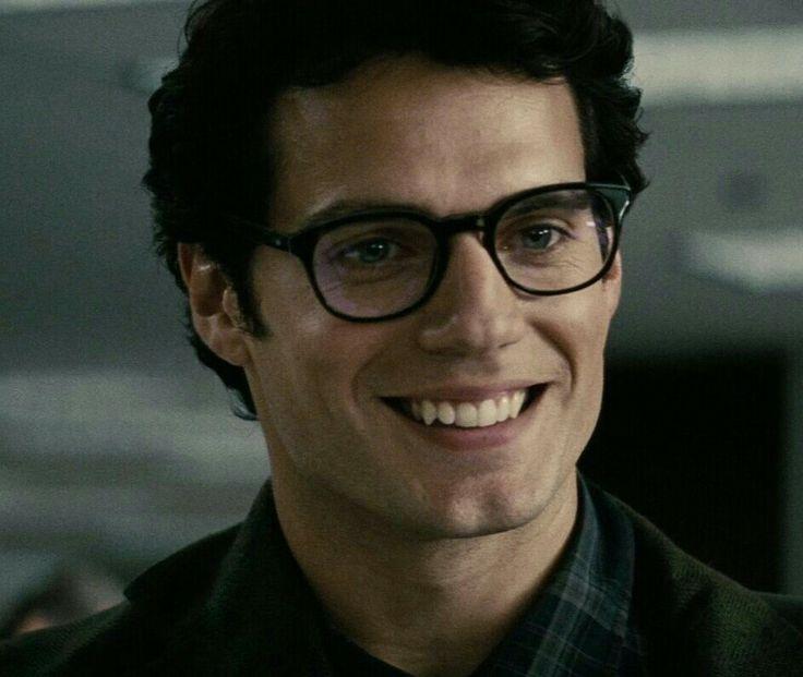 man of steel glasses ending relationship
