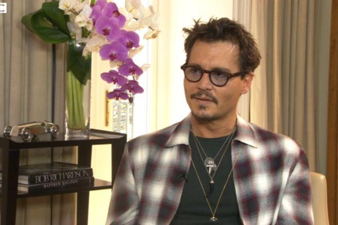 Johnny Depp anuncia em entrevista que pode estar bem perto de se aposentar http://www.bluebus.com.br/johnny-depp-anuncia-em-entrevista-que-pode-estar-bem-perto-de-se-aposentar/