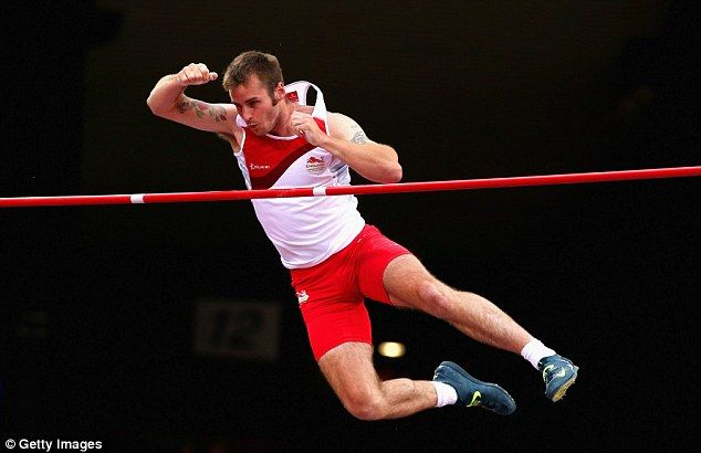 Luke Cutts Steven Lewis jumps to Commonwealth Games gold in the pole