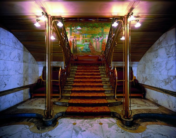 Visit Art Nouveau gems Hotel Solvay, Max Hallet end/or Ciamberlani with Voir & Dire Bruxelles on 4/5, 1/6, 7/9, 2/11 or 7/12/2013!