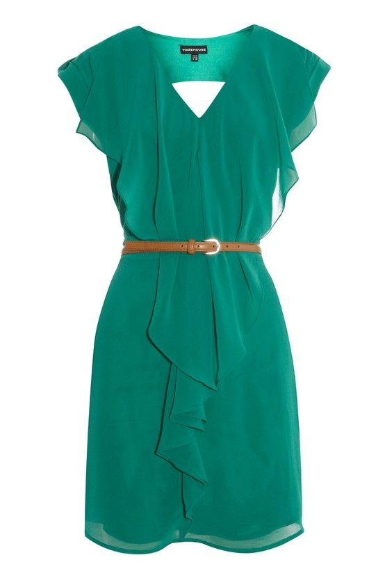 Love the color and shape of this flowy dress.