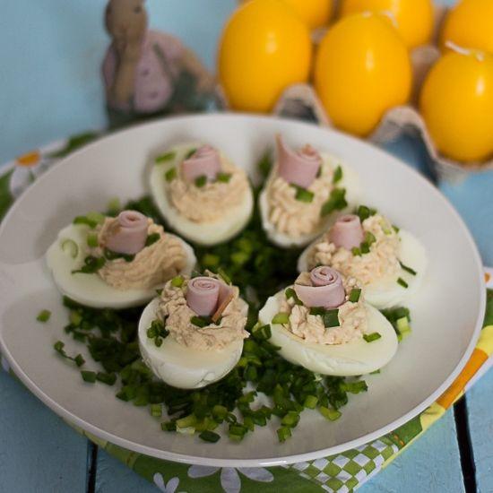 Jajka faszerowane szynką i chrzanem