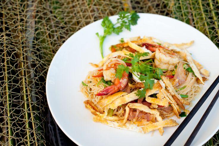 Faça uma verdadeira viagem gastronómica sem sair da sua casa, confecionando esta original e nutritiva especialidade com um toque oriental que vai surpreender.