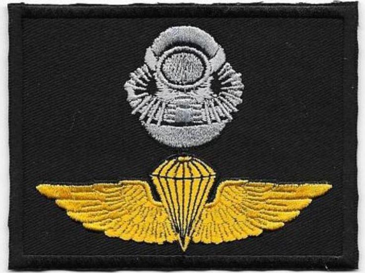 Force RECON US Marine Corps USMC Force-RECON SCUBA Airborne Badge Black subdued Class-a black m