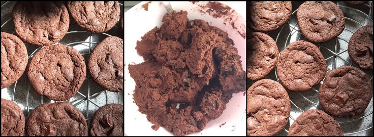 """Diese leckeren Kekse haben wir lezte Woche schon mal gemacht, mein Freund fand sie so lecker das er welche mit zur Arbeit nehmen möchte:). Also haben wir sie heute nochmal gebacken. Mein Freund hat den Teig gemacht und ich die Kekse ausgebacken 😀 Zutaten: 310g Mehl 280g Margarine mit Zimmer Temperatur (hier Alsan und Deli) ...weiterlesen """"Schokoladen Kekse / chocolate cookies"""""""