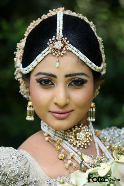 Necked women in sri lanka