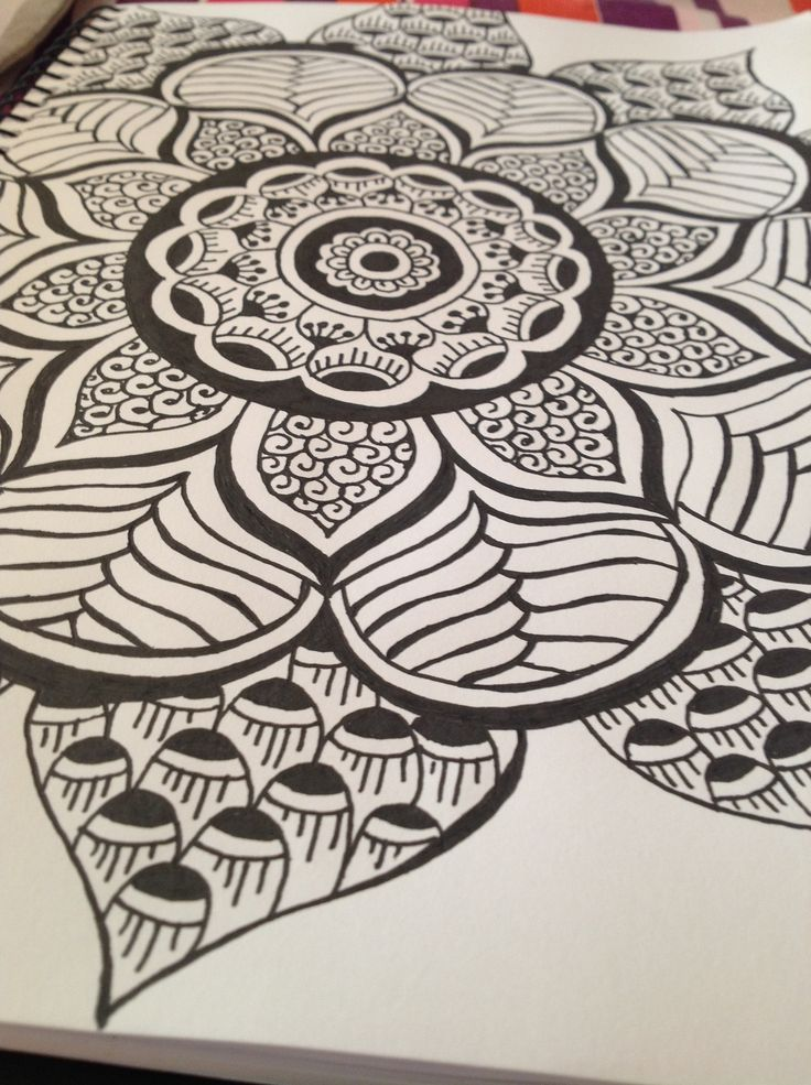 Zentangle mandala tattoo pinterest mandalas flower for Drawing design ideas