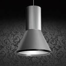 Aplomb esta disponible en diferentes tamaños y para diferentes fuentes luminosas, siendo ideal para espacios comerciales, recepciones, salas de espera o para dar un toque singular en nuestras viviendas.