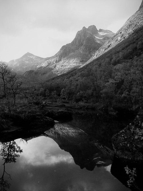109 Best Space Horizon In Black And White Images On Pinterest