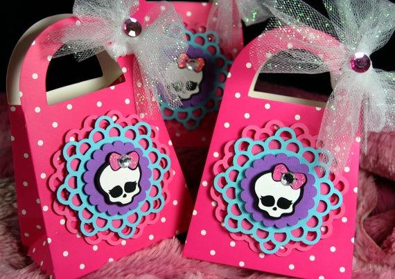 Monster High Purse PINK Treat Bags   Skullette