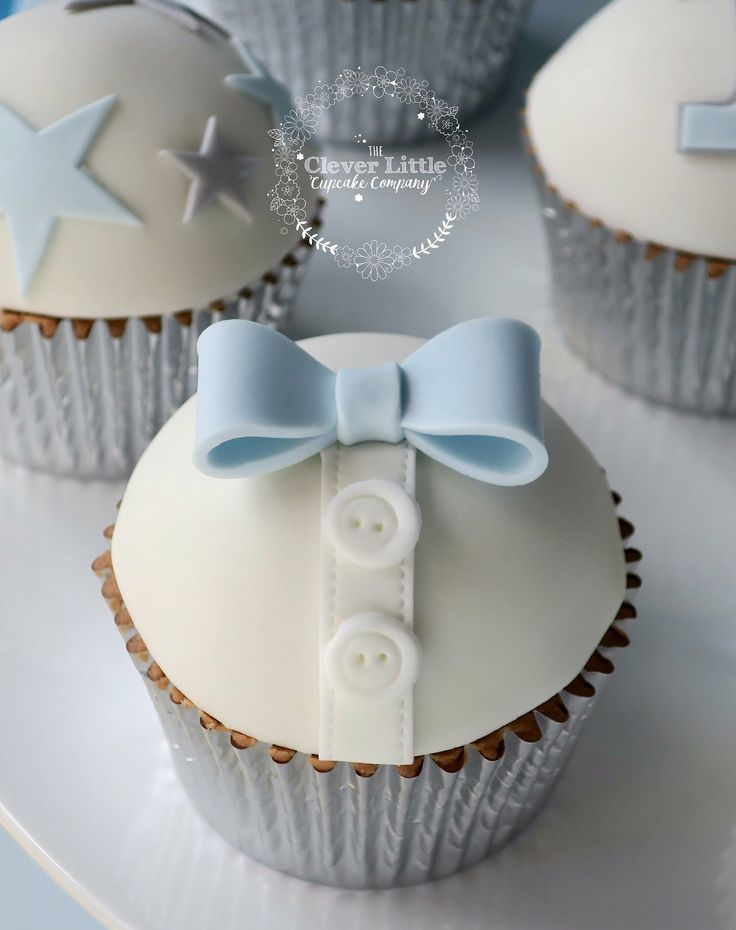 baby shower cake toppers boy 25 best ideas about bow tie cupcakes on bow 1439