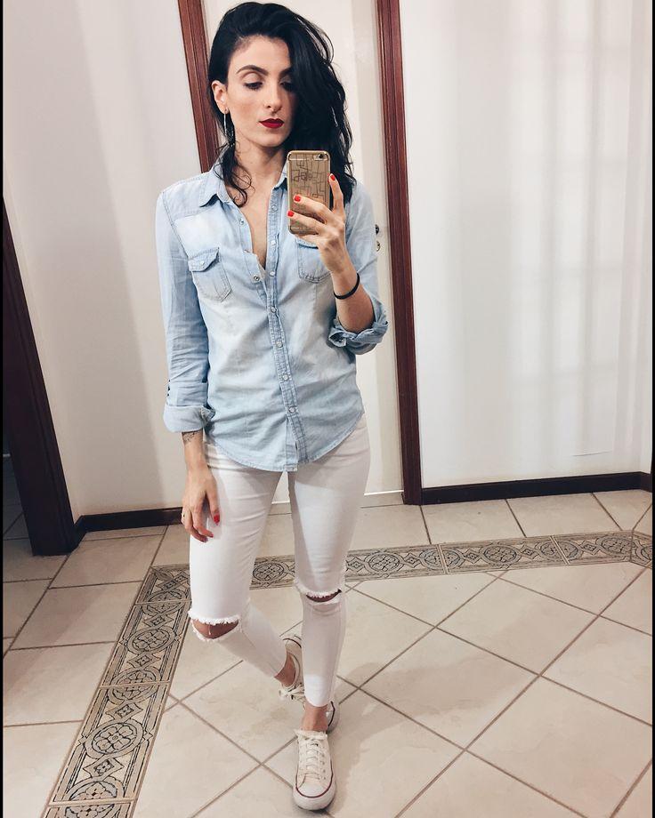 Converse/ camisa jeans/ @aliciasampaio