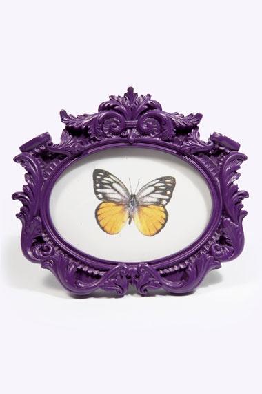 Vintage Oval Frame Purple