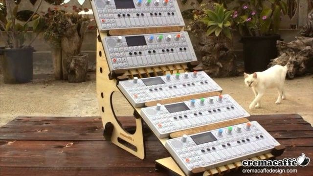 Bento box transformer Case Rack left Italy – destination: Japan, and a family of five Teenage Engineering OP-1s! Read more about it and watch the video on our blog ;-) http://cremacaffedesign.com/blog/  #cremacaffedesign @teenageengineering #op1 #modular #synth #stand for @steeezo_946 by @cremacaffeshop @elisaandretti