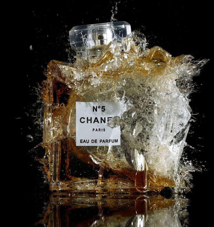 Un parfum dans la maison, ce que tu préfères dans l'air!!!ma jolie brune....