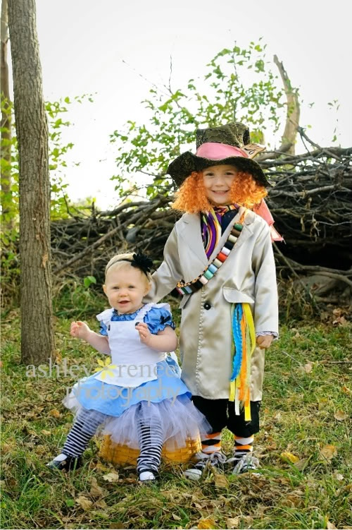 17 Best Ideas About Sibling Halloween Costumes On  sc 1 st  Meningrey & Siblings Halloween Costume Ideas - Meningrey