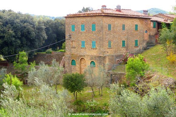 Property for sale in Tuscany: a villa in the beautiful Val di Cornia of Maremma Italy.