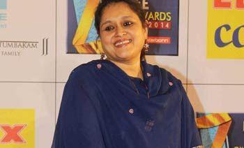 Supriya Pathak likes juggling between shoots  - Read more at: http://ift.tt/1HOT2ap