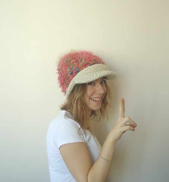 HAND KNİTTED BEIGE brimmed hatslouchy beanie with by MARYsworks