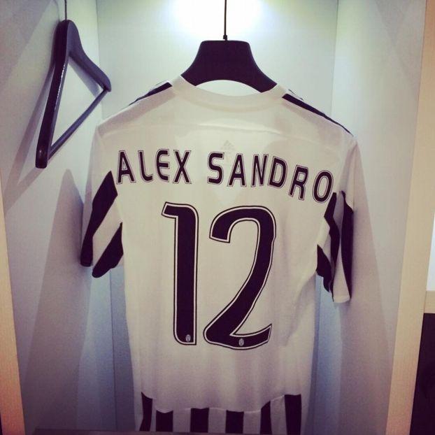 12 Alex #Sandro #Juventus