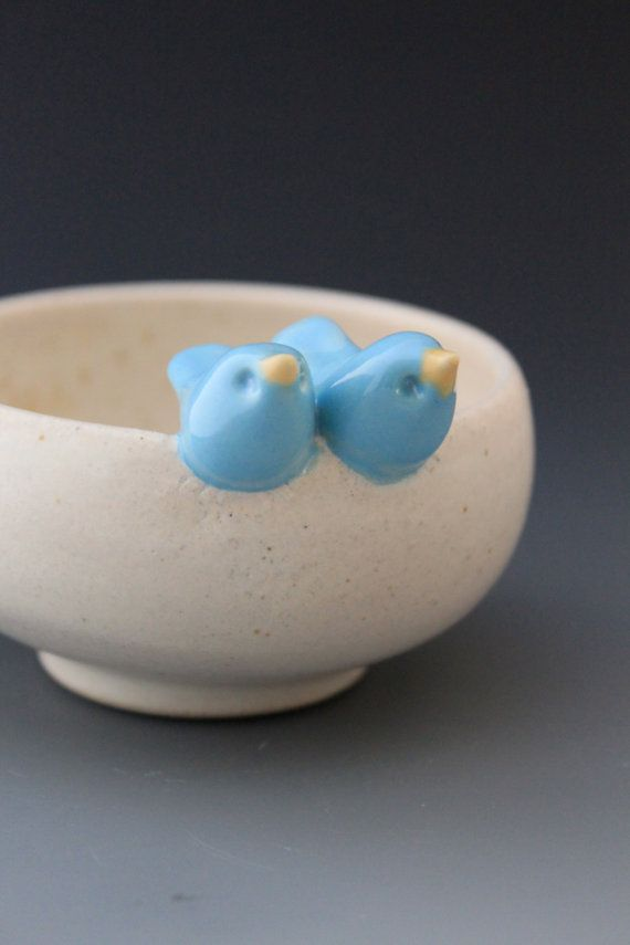 i love this little bird bowl.