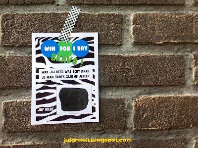 SUPER! kids belonen in de klas met een kraslot! Win for 1 day