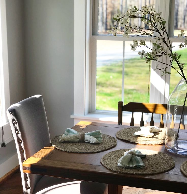 Farmhouse Dining Room Inspo Sherwin Williams Light French Gray Walls With Target