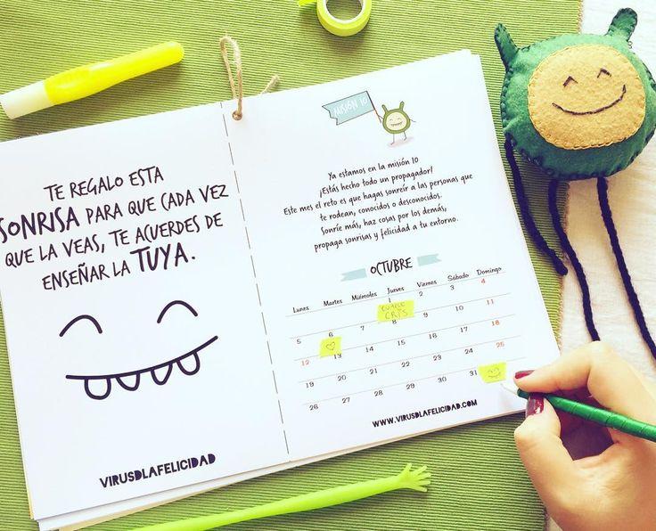 Organizando octubre!  Tú también quieres organizar tu 2016 con el calendario más propagador de felicidad que existe?  Pues ya puedes conseguirlo en www.virusdlafelicidad.com te encantará!   #virusdlafelicidad #calendario #octubre #2016 #felicidad #regalo #virusito #yopropago #bonito