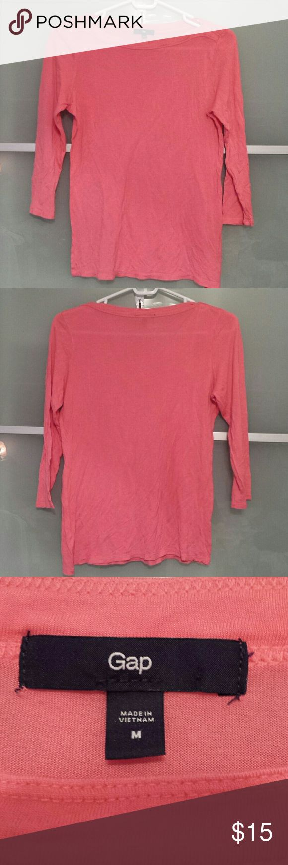 Boat neck gap top Pink 3/4 sleeve gap top. Boat neckline which is very flattering. GAP Tops