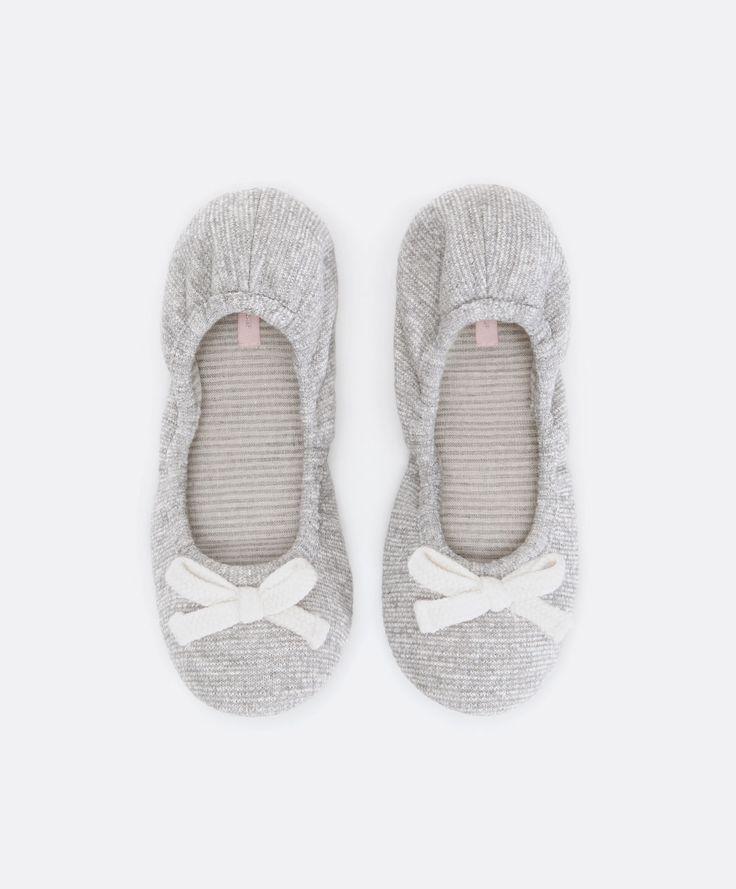Ballerina slippers with bow trim - OYSHO