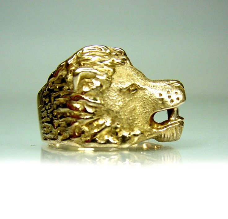 Chibnalls custom made 'Lion' ring was created by recycling our clients old gold.